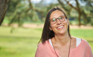Portraitfoto von Petra Gantert. Link zur Homepage von Herzenergiearbeit